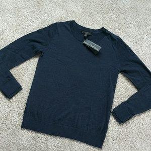 🥭 100% Merino Wool Banana Republic sweater